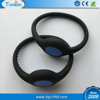 Dia64MM 1K Compatible FM11RF08 RFID NFC Silicon Wristband